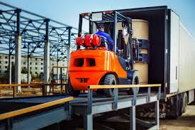 How To Select a Machinery Mover for Your Business